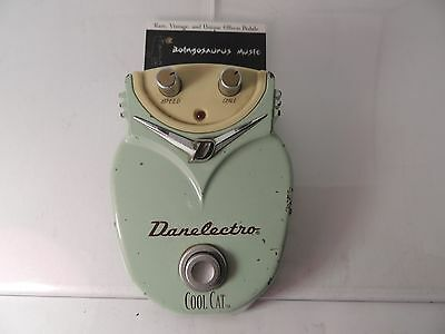 Danelectro Cool Cat Chorus Effects Pedal 18 Volts Dc-1 Free Usa Shipping
