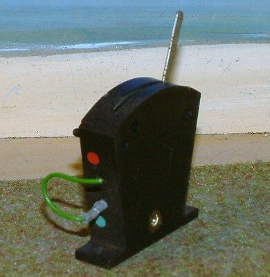 Hornby RO44 Point or signal switch. Single. Black. No box. Our ref. B1.