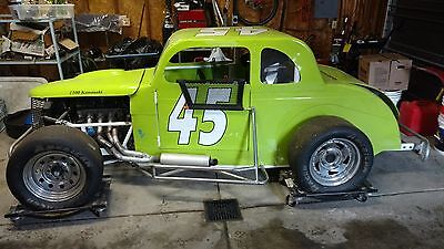 Dwarf race car roller chassis, rat rod, yard art