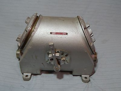 New Crouse Hinds FLS 30364 Explosion Proof Disconnect Switch Enclosure