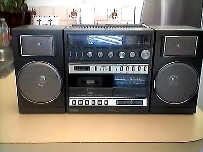 Readers Digest PB-2 boombox .very rare !!!!