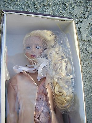 """Mint with Box TONNER 16"""" SYDNEY CHASE JUST DIVINE  DOLL 2005 BRAND NEW"""