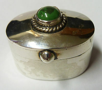 Vintage Solid Silver Hallmarked Hinged Oval Snuff Pill Box Green Stone 26g