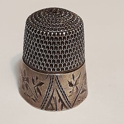 Simons Brothers Sterling Silver Size 8 Thimble Floral Design No Monogram