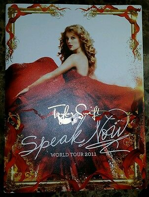 Taylor Swift Speak Now World Tour Program 2011 Book Programme with Poster.