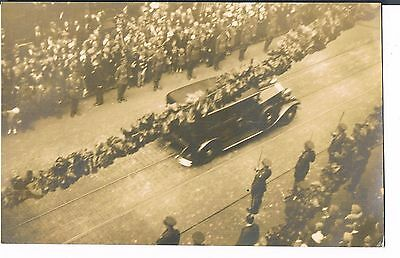 Private Postcard C1919 Wwi Victory Parade Unknown Location - Royalty?