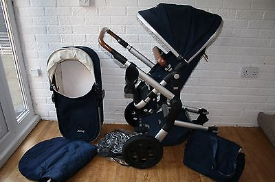 Joolz Day Earth Edition navy blue Parrot pram and pushchair 2 in 1