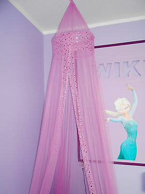 Lovely pink girls bed canopy and curtains ...