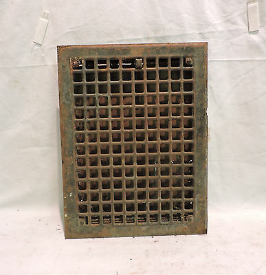 VINTAGE 1920S IRON HEATING GRATE RECTANGULAR 16 X 12     m