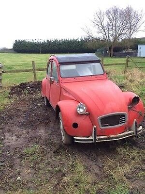 citroen 2cv6 Dolly , red and in need of restoration