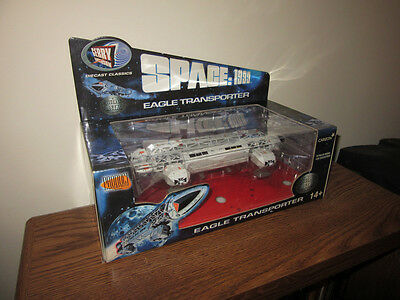SPACE:1999 Eagle Transporter-Diecast-2003-Product Enterprise-New-Mint-Sealed!