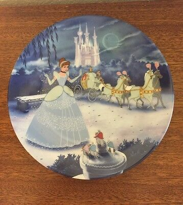 """Disney Treasured Moments """"Cinderella"""" Plate Collections"""