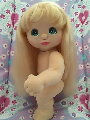 Ultra Blond Long Hair ~ Aqua Blue Eyes ~ Highly Sought After Comb :)