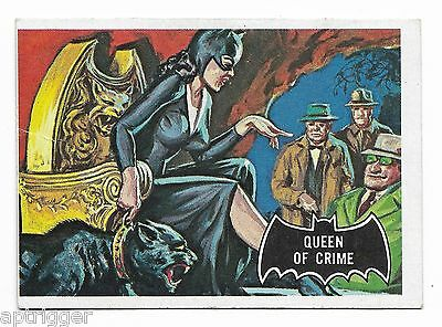1966 Topps BATMAN Black Bat (26) Queen Of Crime