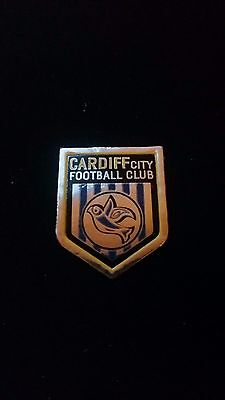Esso Foil Football Badge 1970s Cardiff City
