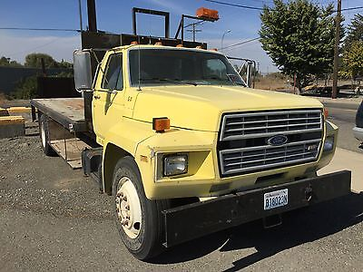 1986 Ford Other Pickups Base Straight Truck - Medium Conventional 1986 Ford F 700 flat bed, 5 speed stick, yellow, 18' bed 126,000 miles