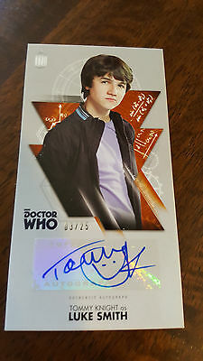 2016 Topps Doctor Who Widevision Signed Card Tommy Knight Luke Smith 3/25 Bronze