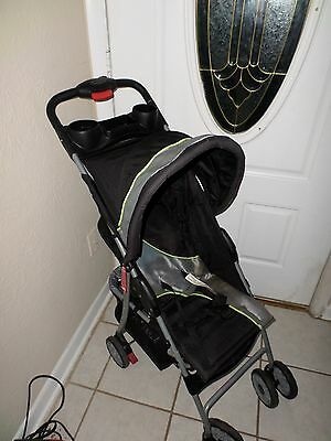 Babies R Us Gray and Black Pop Up Stroller