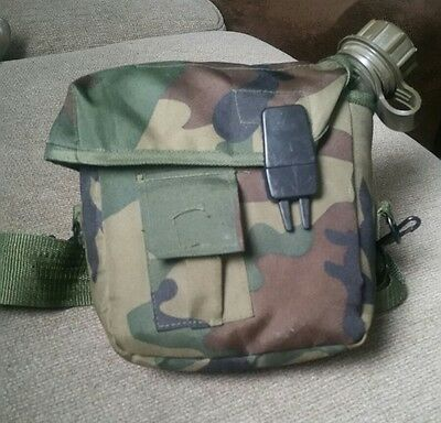 US Army Military Plastic water bottle canteen container with Holder