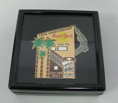 Hard Rock Cafe Tokyo 18th. Anniversary Puzzle Set in box 2001