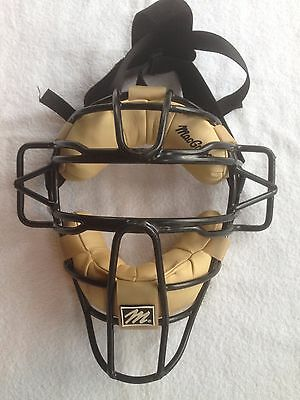 "MacGregor MCB 29D Umpire Catcher's Mask, Tan Pads, 12"" Cage"