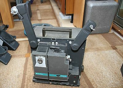 CLASSIC BELL & HOWELL 1655 FILMOSOUND 16MM FILM projector