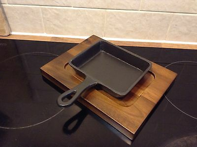 Utopia Cast Iron Back Skillet & Wooden Board