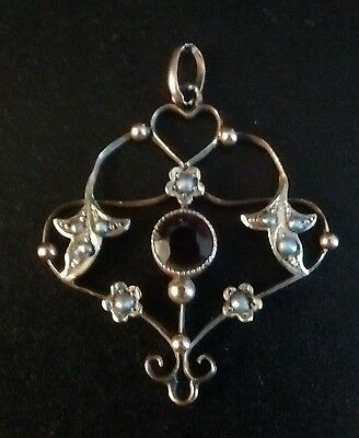 Stunning Quality Victorian Delicate 9Ct Gold, Black Seed Pearl & Garnet Pendant