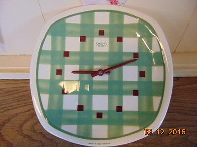 1950 Smith Sectric Clock Set On T G Green  Pottery Gingham Plate