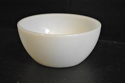 "Federal Glass 5"" Milk Glass bowl 1960s"