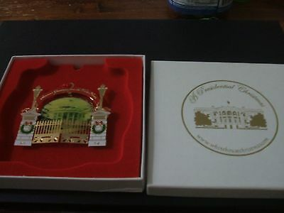 2004 A Presidential Christmas Ornament showing the White House and Gates