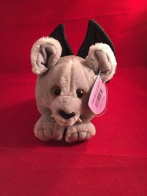 Puffkin Fang The Bat DOB 10/31/2002 Limited Edition Collectible