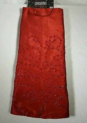 NWT Christmas Tree Skirt 52 inches The Christmas Shoppe Red w/Red Sequins bead
