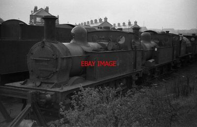 Photo  Lms Ex Midland Rly Class 1377 Loco No 41708 At Staveley In 1966