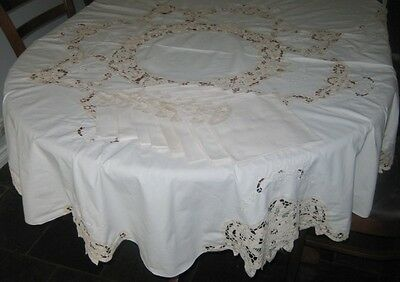 Vintage Embroidered/lace Tablecloth & 8 Matching Napkins~Cotton~Cream~Round