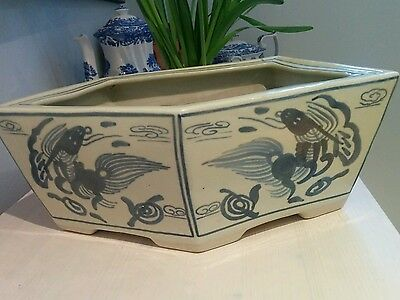 Large Antique vintage Chinese blue and white deep 5 sided planter