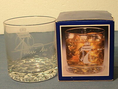 Advertising Baseball Willie Mays-Seagram'S 7 Crown American Whiskey Glass