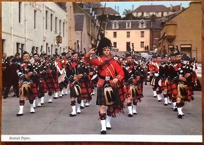 Postcard: Scottish Pipers  Bagpipe Black Watch Scotland Highlands Tartan
