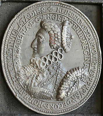 Elizabeth I Oval Phoenix Medal in Lead or Pewter. Original Trial Strike or Copy?