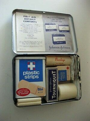 Johnson & Johnson First Aid Auto Kit In Original Tin With Booklet  1942