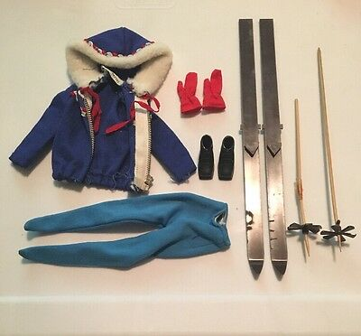 Vintage Barbie #948 Ski Queen Outfit Clothing Collection