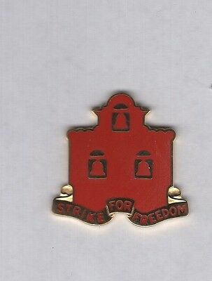US Army 3rd Corps Artillery crest DUI clutchback badge P-23