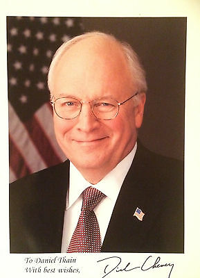 Dick Cheney former Vice President of the USA Handsigned original 10x8 photo