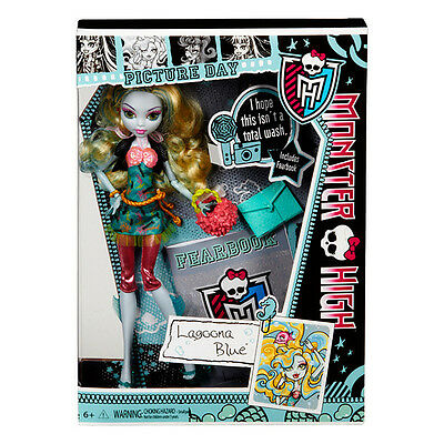Monster High Picture Day Lagoona Blue Doll Brand New Y7698