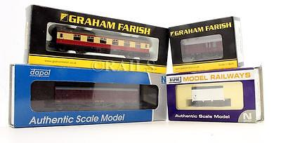 Graham Farish & Dapol 'n' Gauge Rake Of 4 Assorted Pieces Of Rolling Stock (4T)