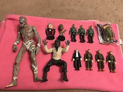 Lot Of Universal Monsters Toys Dracula Mummy Frankenstein Wolfman Creature Zombi