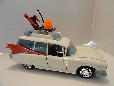 The Real Ghostbusters  1984 Ecto 1  Ambulance,  Seat , Ghost & Grabbler  NICE