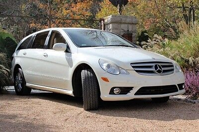 2008 Mercedes-Benz R-Class R Series 2008 Mercedes Benz R 350 White over Tan Leather Just Fully Serviced and Detailed