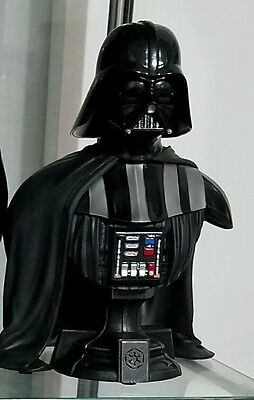 Star Wars Darth Vader Classic GAMESTOP EXCLUSIVE Bust