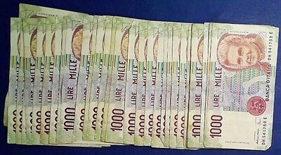 ITALY: 30 x 1,000 Lira Banknotes Fine to Extremely Fine Condition